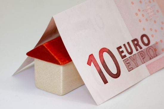 Цены недвижимость в греции недорого на берегу моря