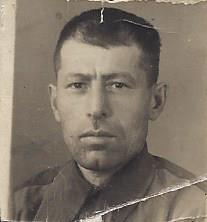 Мхитарян Мкртыч (Мукуч) Оганесович 1913 – 1964гг. Родился в Карсе. Дошел до Берлина.